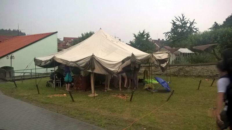 Šestý den - prší :(